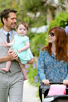 Alyson Hannigan's little girl Keeva would much rather be in the arms of her daddy Alexis Denisof than in a stuffy stroller. The How I Met Yo...