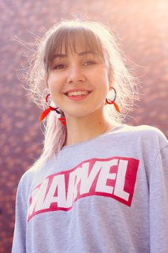 woman wearing gray and red Marvel shirt Photo by timromanov on Unsplash Image Page 76367 Urban Decay De Slick, Marvel Shirt, Free Clothes, Gradient Color, Hd Photos, Women Wear, How To Wear, Photography, Image