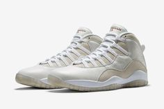 They'll be another chance to cop a pair of Drake's Air Jordan 10 OVO. We take a closer look...  http://ift.tt/1JOtB36