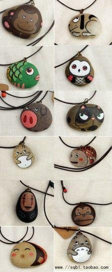 手绘石头项链...Avariety of faces and animals...I love these rocks!: