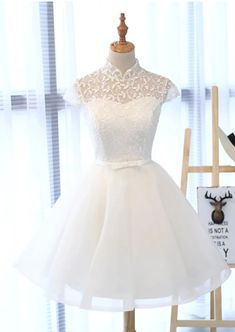 White Lace Tulle Cap Sleeve Short Prom Dress,