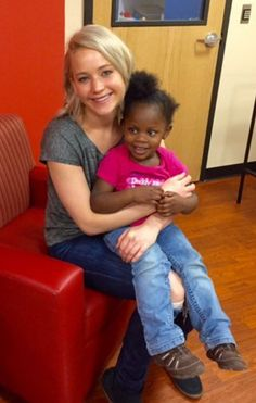 Pin for Later: Jennifer Lawrence Spreads Christmas Cheer During Her Annual Children's Hospital Visit