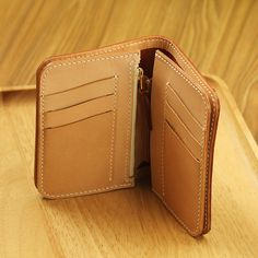 100% Hand-stitched Vegetable Tanned Leather Wallet/ от AnneSoye