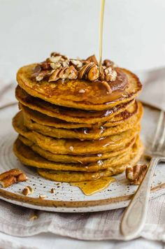 Pumpkin Protein Pancakes (w/o salt, maple syrup, flax seeds, and fat for heating) Healthy Gluten Free Recipes, Baby Food Recipes, Snack Recipes, Dessert Recipes, Whole30 Recipes, Family Recipes, Brunch Recipes, Paleo, Dinner Recipes