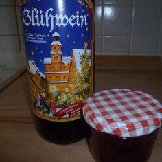 Glühwein jam by on www.de - How To Crafts Healthy Eating Tips, Healthy Nutrition, Christmas Baking, Christmas Cookies, Winter Marmelade, Mulled Wine, Vegetable Drinks, Sweet Life, Food Menu