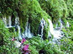 Air Terjun Sumber Pitu yg eksoktik...terletak di Desa Duwet Krajan, Kec. Tumpang, Kab. Malang
