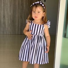 Baby Clothes Patterns, Cute Baby Clothes, Clothing Patterns, Kids Outfits Girls, Girl Outfits, Girls Dresses, Kids Frocks, Africa Fashion, African Fashion Dresses
