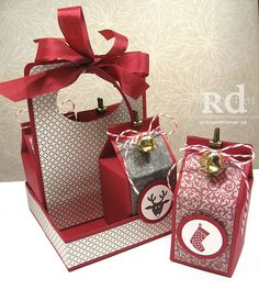 Rose's World: deck the halls with milk cartons and a carrier (with mini tutorial)