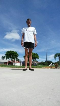 A casual look for Florida! (Champion shorts and ballet T-shirt) My Outfit, Casual Looks, Champion, Cute Outfits, Florida, Ballet, Shorts, T Shirt, How To Wear