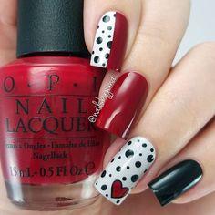 Imagen de heart, nail art, and nail lacquer Nail Swag, Nail Lacquer, Nail Polish, Get Nails, Hair And Nails, Lampe Uv Led, Valentine Nail Art, Red Nail Designs, Super Nails