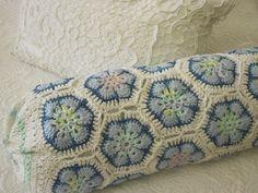 pillow   pattern http://www.janitamantel.blogspot.com/