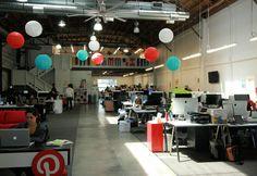 Comptant déjà 85 salariés, Pinterest est l'une des start-up qui a le plus fait parler d'elle en 2012. Le principe du réseau social repose dans la publication d'images que les autres utilisateurs vont à leur tour réépingler sur ce tableau de liège virtuel.