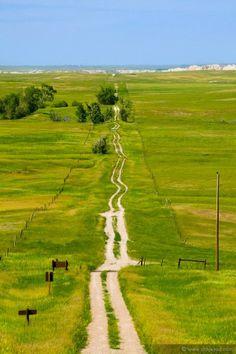 Country road between Seward, NE and Badlands, SD