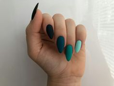Image uploaded by Marleen. Find images and videos about beauty and nails on We Heart It - the app to get lost in what you love. Aycrlic Nails, Matte Nails, Nail Manicure, Hair And Nails, Manicures, Bling Nails, Glitter Nails, Summer Acrylic Nails, Best Acrylic Nails