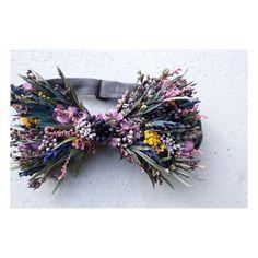 オーダーありがとうございます◯ . . □□Bow tie□□ . . #bowtie #蝶ネクタイ #プリザーブドフラワー #ドライフラワー #オーダーメイド #プレ花嫁 #結婚準備 #結婚式準備 #挙式 #披露宴 #お色直し #二次会 #前撮り #フォトウェディング… Flowers For Men, Prom Flowers, Real Flowers, Flower Dresses, Wedding Flowers, Corsage And Boutonniere, Floral Bow Tie, Wooden Bow Tie, Arte Floral