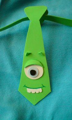 CORBATAS GORRAS Y SOMBREROS LOCOS                                                                                                                                                                                 Más Crazy Hats, Crazy Socks, Carnival Crafts, Crafts For Kids, Arts And Crafts, Monster Birthday Parties, Ideas Para Fiestas, Monsters Inc, Foam Crafts