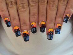 """Per il tema """"tropical"""" dell' #EndlessSummerNailChallenge ho rappresentato un panorama tropicale al momento del tramonto, realizzato sulle unghie di entrambe le mie mani. Il cielo e il mare sono stati realizzati in gradiente di colore, mentre con l'acrilico nero ho delineato la silhouette della baia che accoglie le palme e un'amaca appesa tra due di queste. Sul mio blog trovate altre foto:  http://pedrinails.blogspot.it/2014/09/6-endless-summer-nail-challenge-tropical.html"""