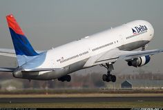 Delta Air Lines N843MH Boeing 767-432/ER aircraft picture