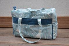 Sac week-end, ton bleu et écru. : Autres sacs par caprice-de-coton