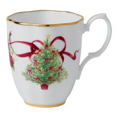 Royal Doulton Old Country Roses Christmas Tree Serveware adds a seasonal touch and warmth to any table. This Christmas Tree Mug features a beautifully decorated Christmas tree outlined with a holiday themed Old Country Roses design and iconic gold rim. Christmas China, Christmas Dishes, Christmas Tea, Christmas Cards, Victorian Christmas, Christmas Goodies, Christmas Decorations, Christmas Tree Outline, Christmas Tree Collection