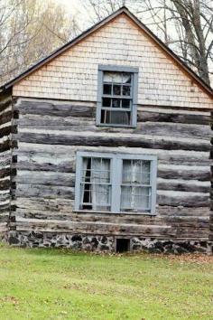 444 best hewn log homes images log homes cabins in the woods cottage rh pinterest com