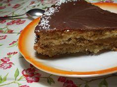 Tarta de chocolate, moka y coco.