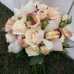 peach ivory vintage antique heritage wedding flower bridal party bouquet