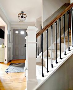 Stair Railing Design, Painted Stair Railings, Wood Railings For Stairs, Modern Stair Railing, Iron Staircase Railing, Stair Case Railing Ideas, Banisters, Outside Stair Railing, Bannister Ideas