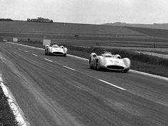 Old-style motor sports. GP France 1954 Reims - Fangio et Kling Mercedes-Benz Daimler Ag, Daimler Benz, Grand Prix, New Mercedes, Mercedes Benz Amg, Michael Schumacher, Ferrari, Maserati, Le Mans