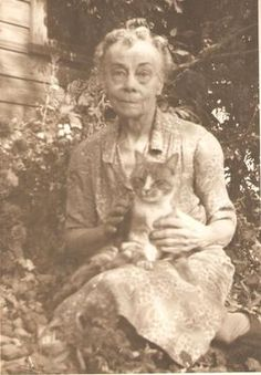 Vintage Photograph Old Photo LADY WITH PET CAT Original Picture ART Collectible
