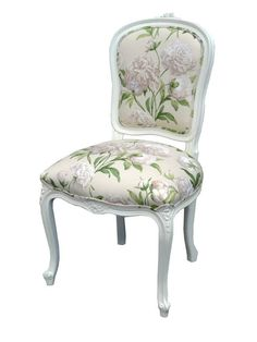Glamorous Hamptons dining chairs in French provincial style perfect for designing dining room settings to inspire Floral Accent Chair, Floral Chair, Custom Furniture, Furniture Design, Furniture Chairs, Louis Xv Chair, Kitchen Arrangement, French Provincial Furniture, Upholstered Accent Chairs