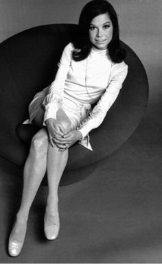 Mary Tyler Moore Show, Hollywood Stars, Classic Hollywood, Old Hollywood, Hollywood Icons, Marlene Dietrich, Brigitte Bardot, Laura Petrie, The Time Traveler's Wife