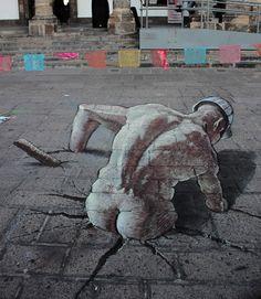 Anamorphic street art of Eduardo Relero