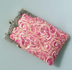 RESERVE Etui pour portable en coton rose et fermoir rétro en métal : Etuis portables par terredepassion