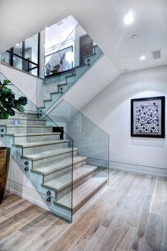 Modern staircases can take a room from nice to wow! Whether it's an older home with a large grand staircase or a modern home with a staircase that Interior Stairs, Home Interior Design, Studio Interior, Style At Home, Home Deco, Garderobe Design, Escalier Design, Glass Stairs, Glass Railing