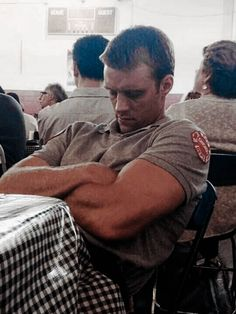 Chicago Fire Casey, Taylor Kinney Chicago Fire, Chicago Med, Jesse Spencer, Chicago Pd Halstead, Chicago Crossover, Fire Bts, Bts Behind The Scene, Chicago Fire Department