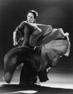 Such grace and power.  Embracing her passion, vision and mastery. Pilar Rioja