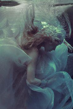 ♒ Mermaids Among Us ♒ art photography & paintings of sea sirens & water maidens - Ekaterina Belinskaya