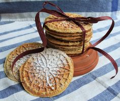 Orange Cardamom Pizzelle Recipe — Life is Made Best Cookie Recipes, Sweet Recipes, Holiday Recipes, Baking Recipes, Holiday Ideas, Holiday Gifts, Pizzelle Cookies, Pizzelle Recipe, Cookies Et Biscuits