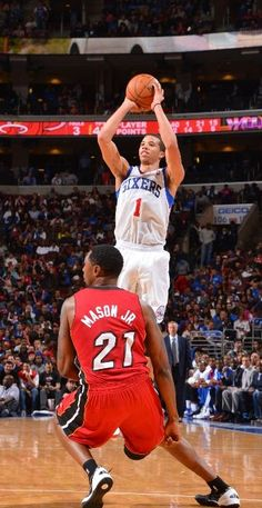 Michael Carter Williams  1 of the Philadelphia 76ers was the  2 on the team b2718d87d