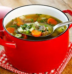 Moose (elg) in soup with fresh veg. Lchf, Thai Red Curry, Protein, Soup, Fresh, Cooking, Ethnic Recipes, Norway, Moose