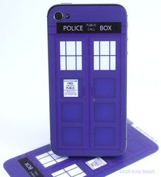 Doctor Who Tardis iPhone 4 Skin