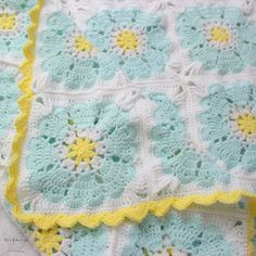 My #CraftyCAL is finally completed! I decided to put a fun and sunny border around all the squares. The size ended up being a twin size afghan 39 x Length: 74 (99.06 x 187.96 cm). Now we have a nice blanket to bring with us across the country. I made this afghan using @furlscrochet Odyssey 5.5mm hook and @lionbrandyarn Baby Soft yarn all bought from @joann_stores. Pattern for the heart mandala belongs to the talented @crochet_millan. (Don't forget to see my other #crochetbesties…
