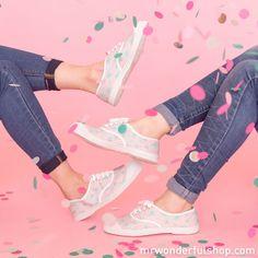 Te presentamos las zapatillas más chulas del universo, Bensimon by Mr. Wonderful. Con ellas ¡todo anda bien!