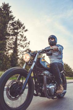 www.gentlemens-factory.com #w650 Collection gentlemen's Factory /// Clothes for bikers #clothesforbikers #caferacer #scrambler #chopper #bobber #bikert-shirt #vetementmoto #customculture #motovintage #motocustom #motoclassique #casqueDMD #casquevintage #DMD75 #dmd #chippewa #moleskine #lelaboureur #vesteworker #workerjacket Photos : Laurent Scavone / Production/Direction artistique sakkamoto.com #sakkamoto
