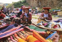 Le Pérou de Lima à Sipan et d'Arequipa à Cuzco et au lac Titicaca avec Les cités incas de Macchu Picchu et de Saksahuaman - L'architecture coloniale de Cuzco - La civilisation Mochica et le site d'El Brujo - Les mystérieuses lignes de Nazca - Le marché coloré de Pisac et les pueblos traditionnels - croisière sur le lac Titicaca - Les grands musées de Lima