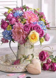 Beautiful Flower Arrangements, Colorful Flowers, Spring Flowers, Floral Arrangements, Beautiful Flowers, Spring Flower Arrangements, Deco Floral, Ikebana, Flower Art