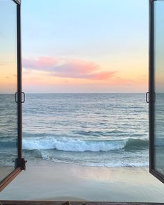 via The best view - Dekor Labor Beach Aesthetic, Travel Aesthetic, Beautiful World, Beautiful Places, Places To Travel, Places To Go, Sands Resort, Destination Voyage, Aesthetic Backgrounds