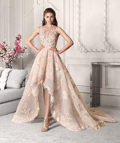 4bec2a45c8cb40 De mooiste gekleurde trouwjurken voor 2019 - In White Sweetheart Trouwjurk