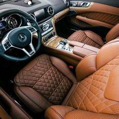 lemme-holla-at-you:leithinc:Not all thrones are stationary! Check out the design of the SL65's interior… . -